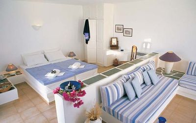 Folegandros-Anemomilos-Apartments