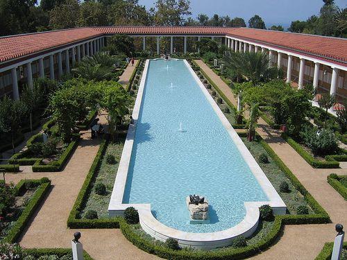 800px-Pool_at_Getty_Villa